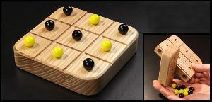 HHC200 Wooden Tic Tac Toe Game