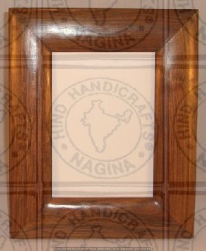 HHC251 Wooden Photo Frame
