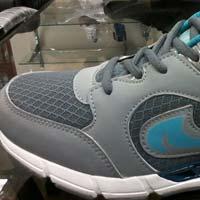 Status Shoes