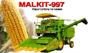 Self Propelled Maize Combine Harvester 01