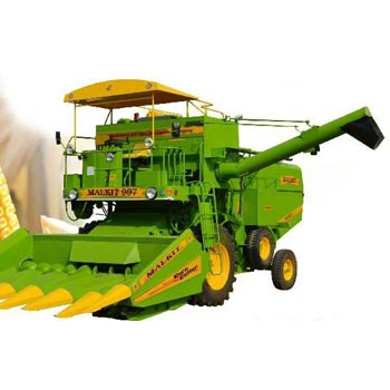 Self Propelled Maize Combine Harvester 02