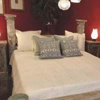 Vintage Column King Bed