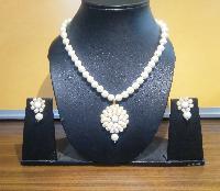 Pearl Pendant Set (WJPP02_3)