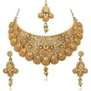 Necklace Set With Mangtika