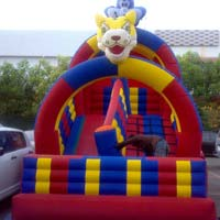Bouncy castle balloon