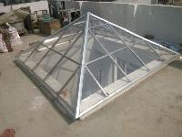 Polycarbonate Pyramid 10