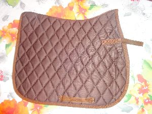 Saddle Pad 01
