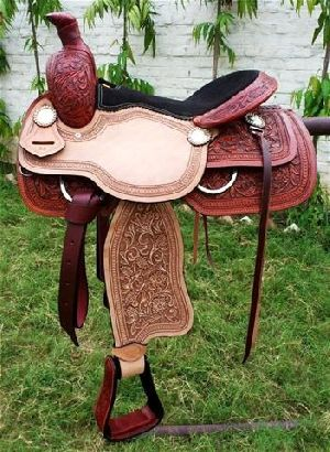 Western Saddle Double Colour Hand Carving