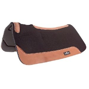 Western Saddle Pad 01
