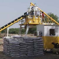 Cross Bin Hopper Concrete Batching Plant with Pan Mixer (GEPL CBH - 20)