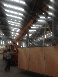 Unloading Crane Rental 07