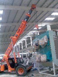 Unloading Crane Rental 16