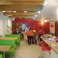 Retail Store Interior Designing 05