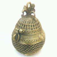 Dhokra Round Box