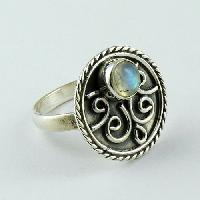 Sterling Silver Rings (Classy Design Rainbow Moonstone 925)