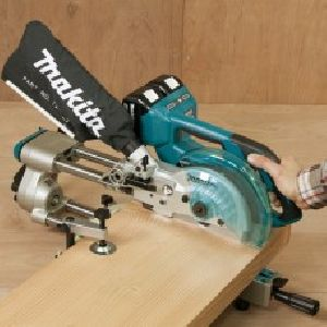 DLS714Z Cordless Slide Compound Miter Saw