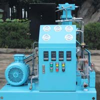 Oxygen Compressor Booster (GOW-5/4-150)