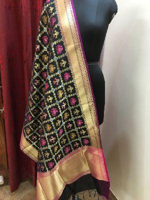 Banarasi Silk Dupatta 18