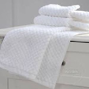 Checkered Print Hotel Towels