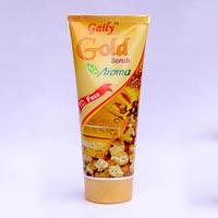 Gaily Gold Facial Scrub