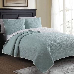 AH-4000-0202-Embroidered Quilt Set