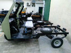 Petrol Three Wheeler 04