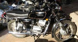 Yamaha RX 100 Repairing Services 05