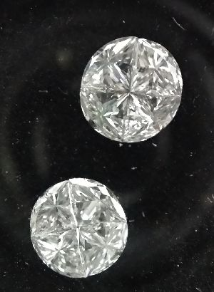4 Pcs Round Cut Diamonds