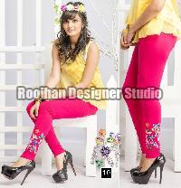 Embroidered Legging 10