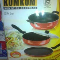 Kumkum Non Stick Cookware Set