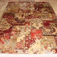 Hand Knotted Traditional Design Carpets (GE-301)