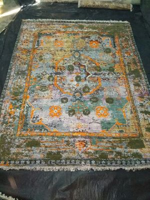 Hand Knotted Traditional Design Woolen Carpets 10