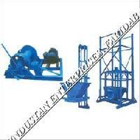 Builder Hoist Machine 03