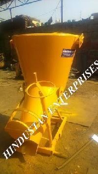 Concrete Bucket With Screw Jack Arrangement 06