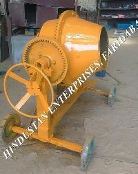 Concrete Mixer with Hopper 04