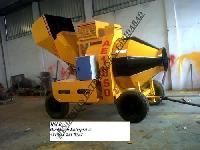 Concrete Mixer with Hopper 06