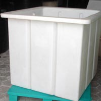 Rotational Molded Container 01