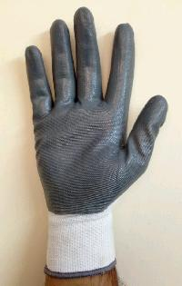 Nylon Cut Resistant Gloves