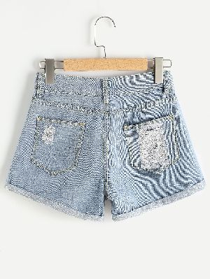 Ladies Shorts 02