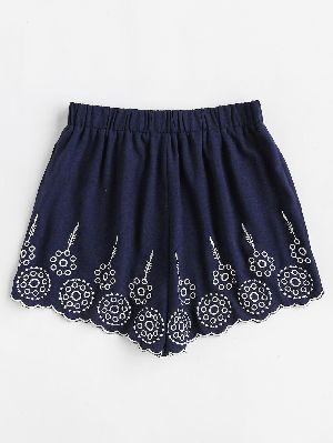 Ladies Shorts 04