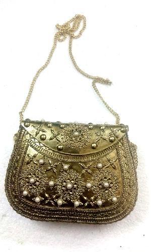 FA0# 29865 Metal Sling Bag