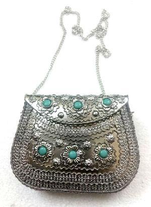 FA0# 29867 Metal Sling Bag