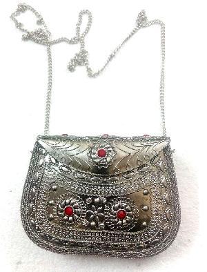 FA0# 29869 Metal Sling Bag