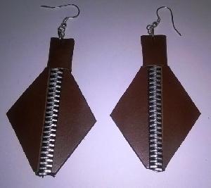 FJ-LER0# 30235 Leather Earrings