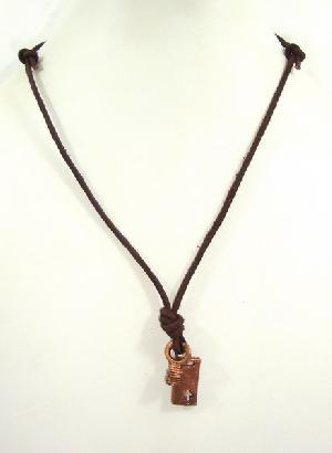 FJ-LN0# 30246 Leather Pendant