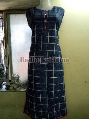 Ladies Long Kurtis 15