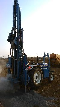 Tractor Mounted DTH Rig 01