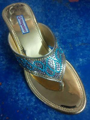 Ladies Footwear 32