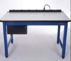 Antistatic Tables