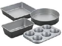 aluminum baking utensils